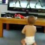 ビヨンセの映像にノリノリな赤ちゃん